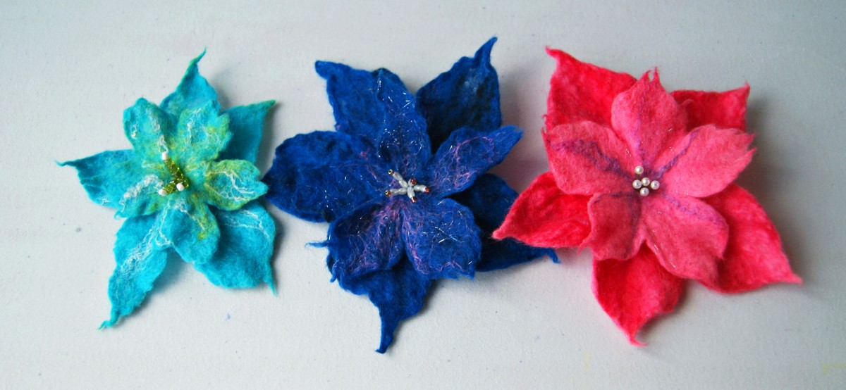 Felt flowers (light blue, dark blue and pink), Crafted by Snorky