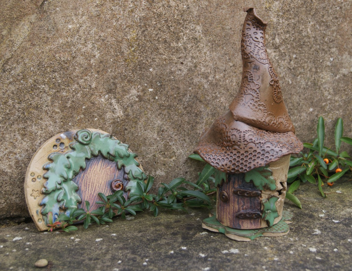 Fairy House and Fairy Door, Pentangle Pottery