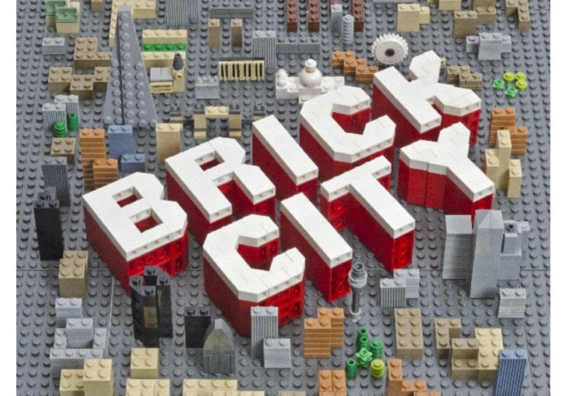 brick city the world s most iconic buildings and landmarks in lego